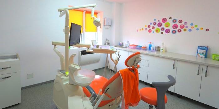 cabinet-stomatologic-slobozia-camera2-scaun2